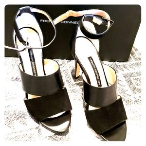 """French Connection black 4""""heeled sandal sz 37"""
